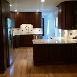 remodeled-kitchen-_-lugar-real-esate-_-fishers-realtors-3175725033-300x300-2.jpg